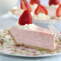 Whipped Strawberry Pie