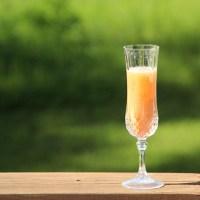 Refreshing Peach Bellini