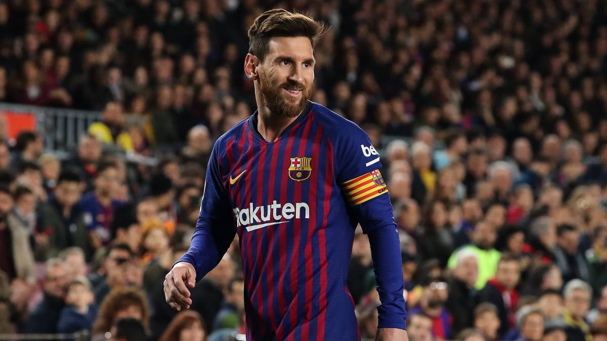 Leo Messi Barcelona Leo Messi Is Just Two Away From 400 League Goals As