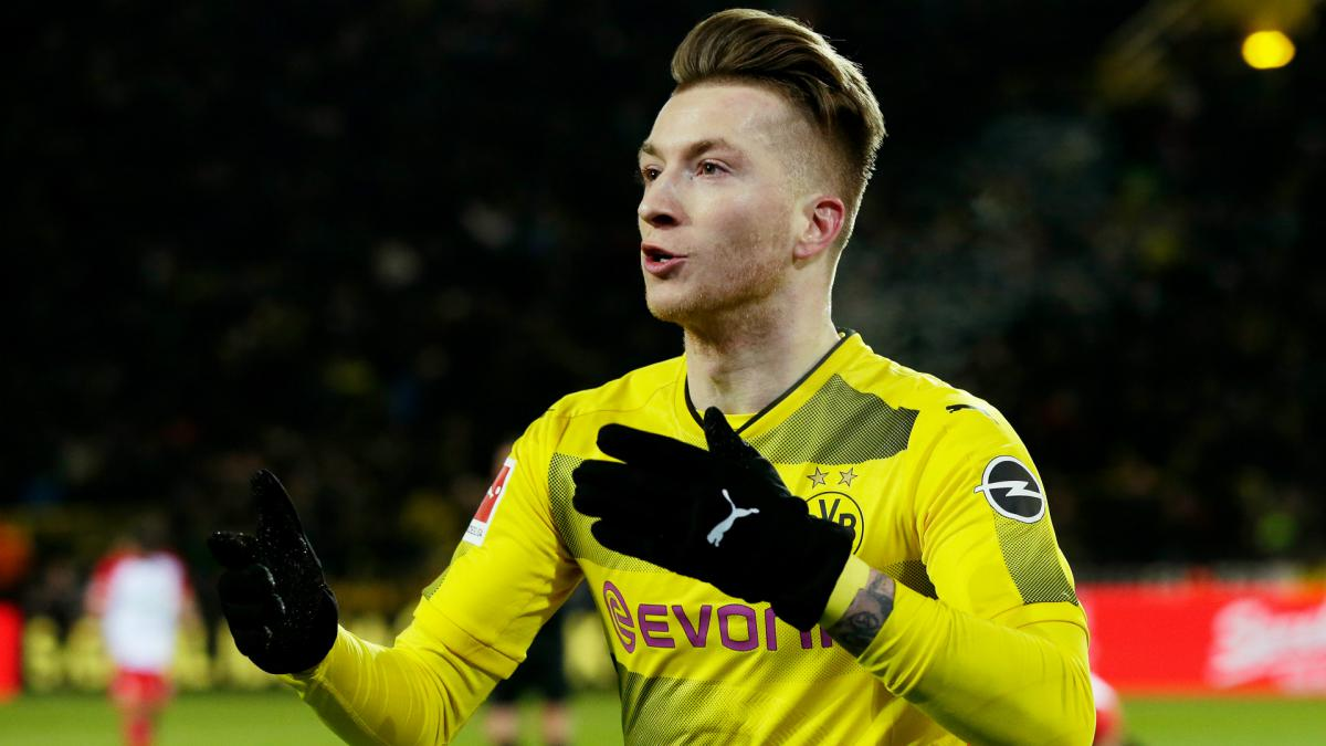 Signal Iduna Park Wallpaper Hd Marco Reus Borussia Dortmund Step Up Contract Talks As Com