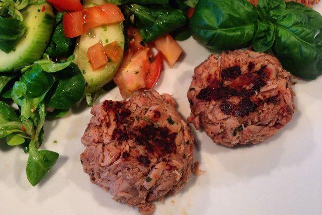 Thunfisch Frikadellen mit Sala