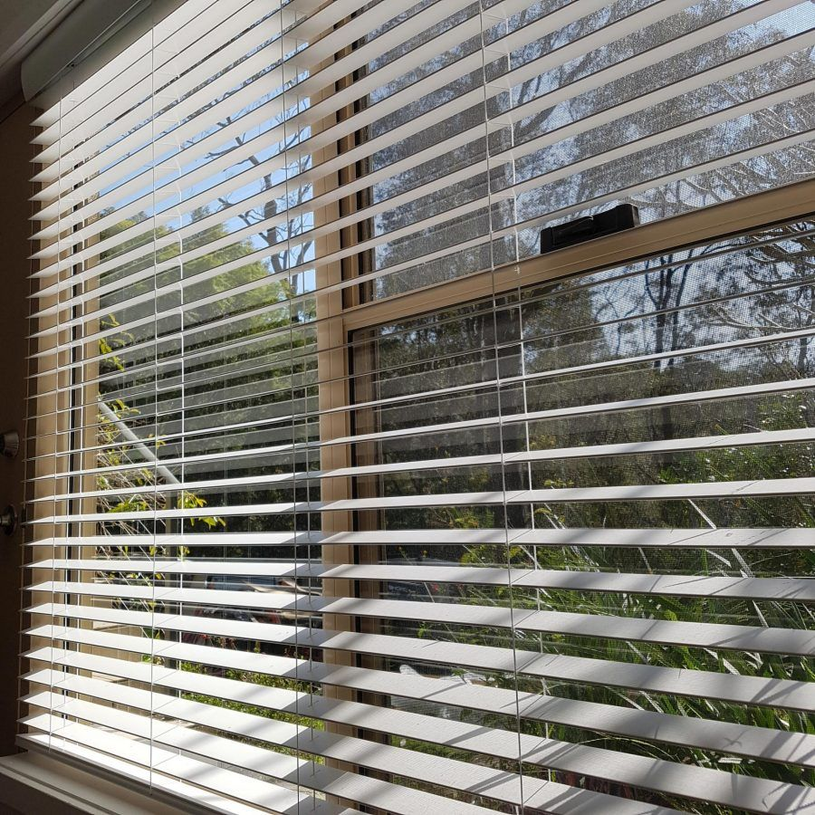 White Timber Blinds Timber And Aluminium Venetian Blinds Sydney
