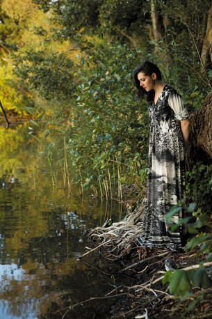 Ashia Bison Rouge - ft. Nadja Bülow - River Thoughts