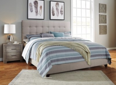 Dolante King Upholstered Bed With 10 Hybrid Mattress In A
