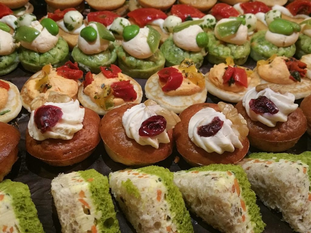 Canape Rapido Paris Canapes A Paris