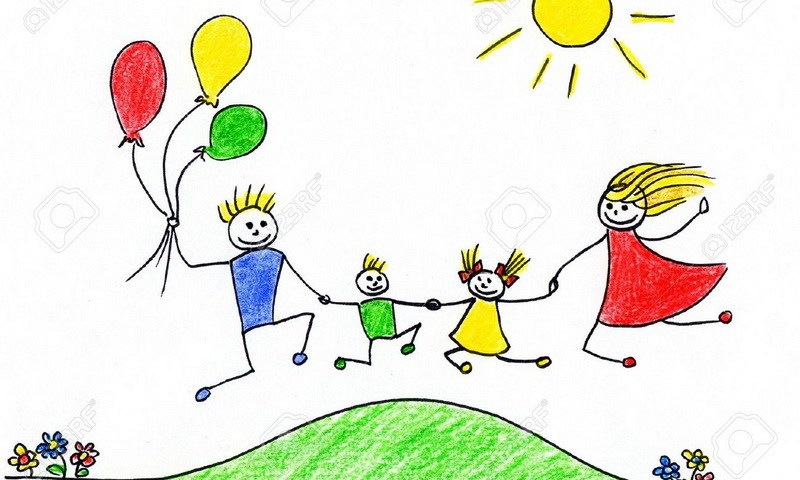 Children-s-drawing-of-happy-family-having-good-time-together-800