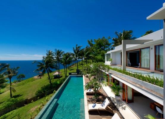 malimbu-cliff-view-of-villa-from-guest-balcony