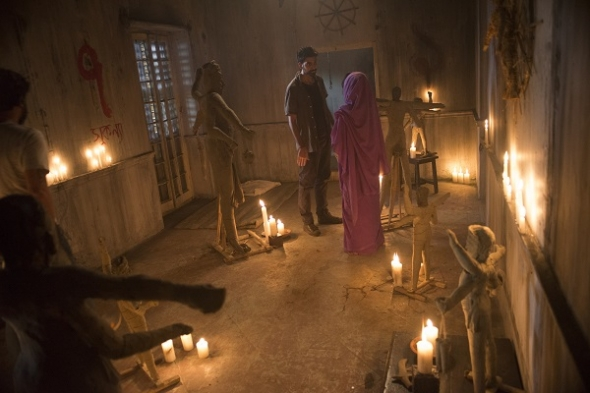 'Darkness Visible': : Spooky séances and devilish demons conjure up a Halloween treat of a film (review)
