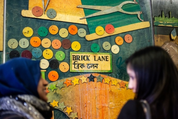 'We are shadows: Brick Lane' – Family show is innovative and imaginative