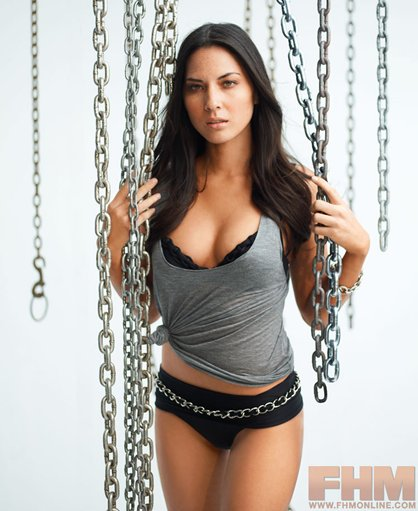 93424_7_Olivia-Munn-2--article_image