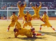 shaolin-soccer-01-wong-yut-fei-lam-chi-sing-tin-kai-man-danny-chan-kwok-kwan-stephen-chow-lam-chi-chung-ng-man-tat-vicki-zhao-patrick-tse
