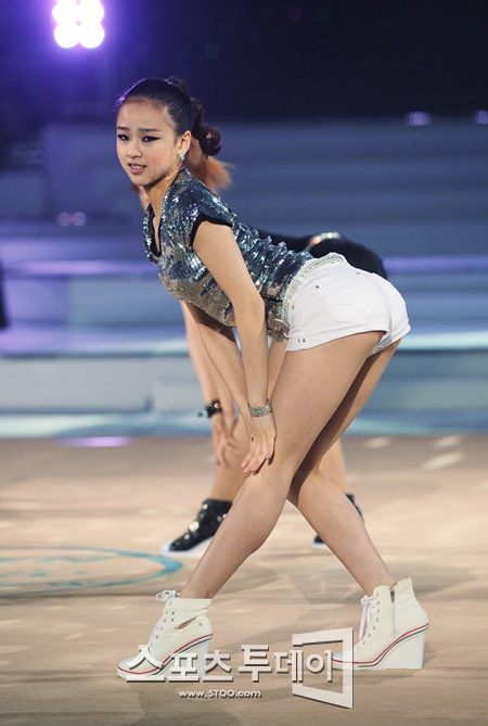 20110612 son yeon jae 8
