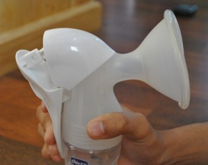 desain ergonomis, chicco manual breastpump