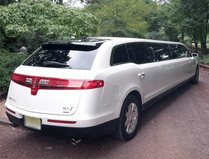 Rental Car Shuttle Msp Lincoln Mkt Stretch White Limo Rear View Outdoors Aspen