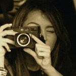 pb9wh_miley-cyrus-justin-gaston-taking-pictures-06_2