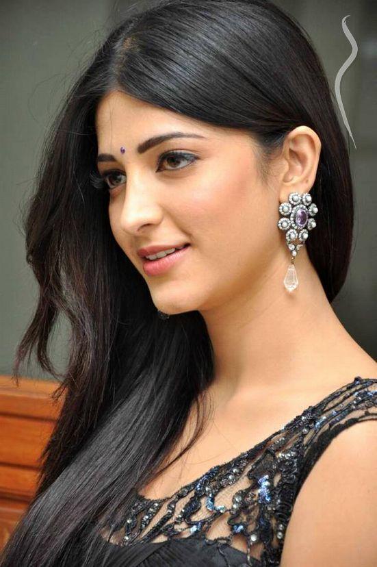 Marathi Girl Hd Wallpaper Shruti Hassan A Model From India Model Management
