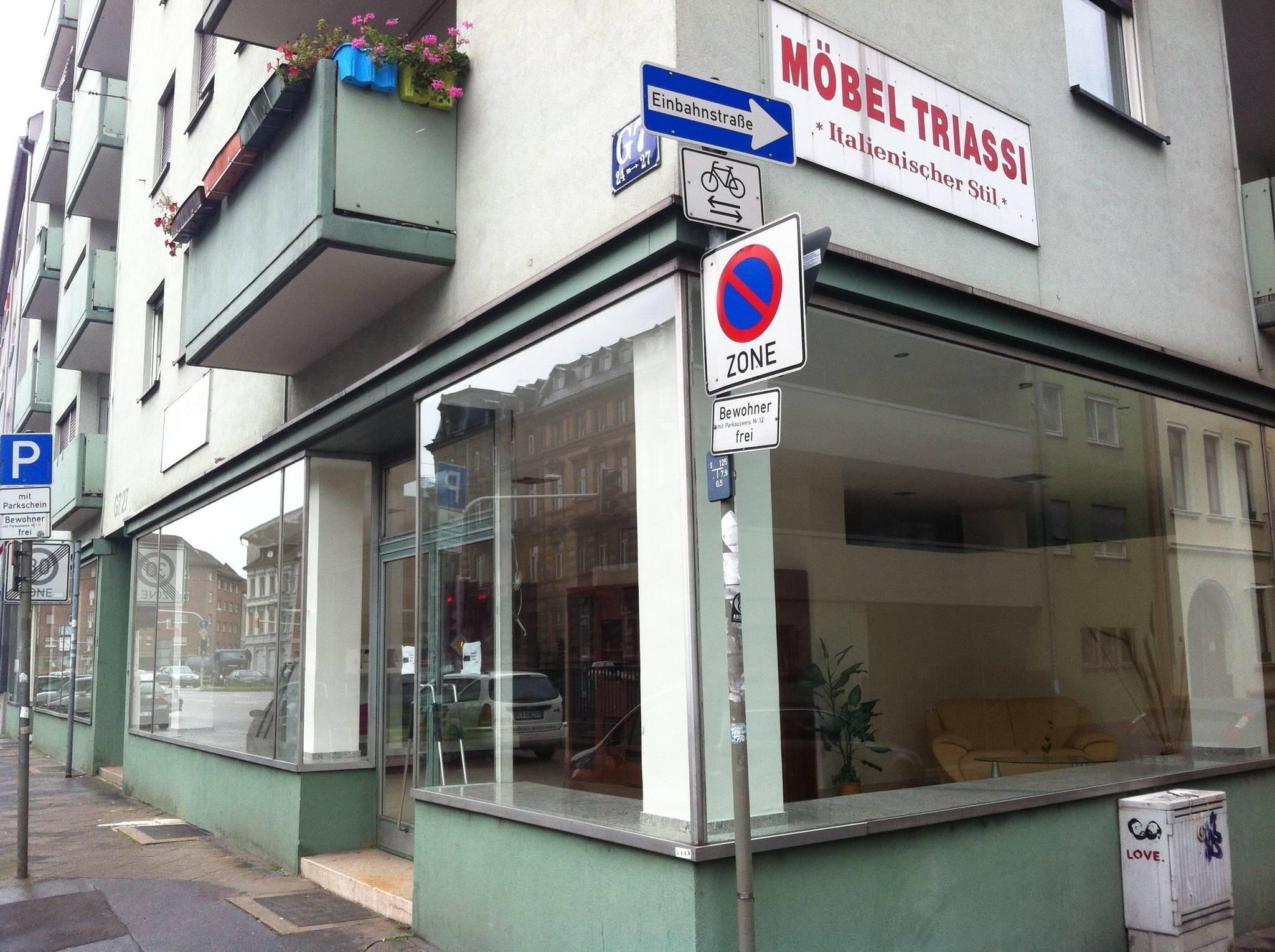 Mobili Italiani Triassi : Italienische möbel mannheim neckarau triassi calogero inhaber