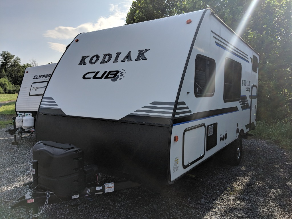 2018 Kodiak Travel Trailers Floor Plans Used 2018 Dutchmen Rv Kodiak Cub 175bh Travel Trailer
