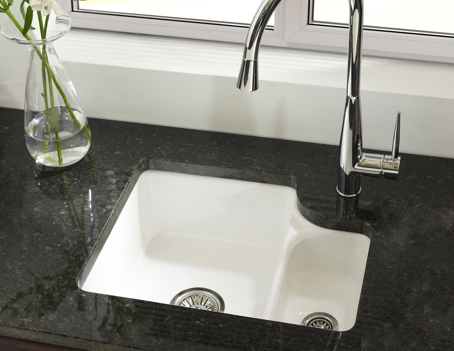 Ceramic Kitchen Sink Astracast Lincoln 1 5 Bowl Ceramic Undermount Kitchen Sink