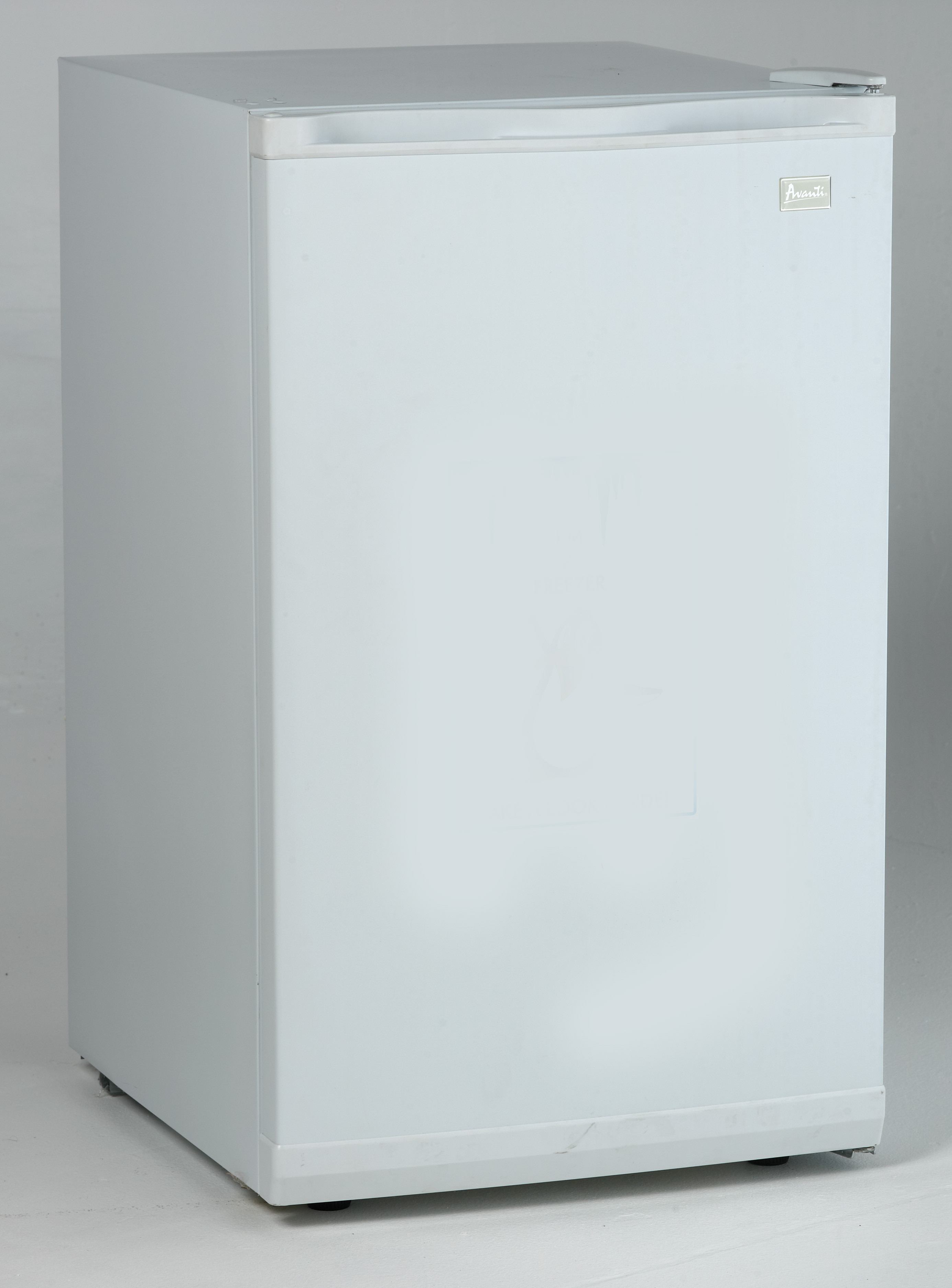 Avanti Countertop Dishwasher Avanti Vf306 2 8 Cu Ft Upright Freezer With 3 Fixed