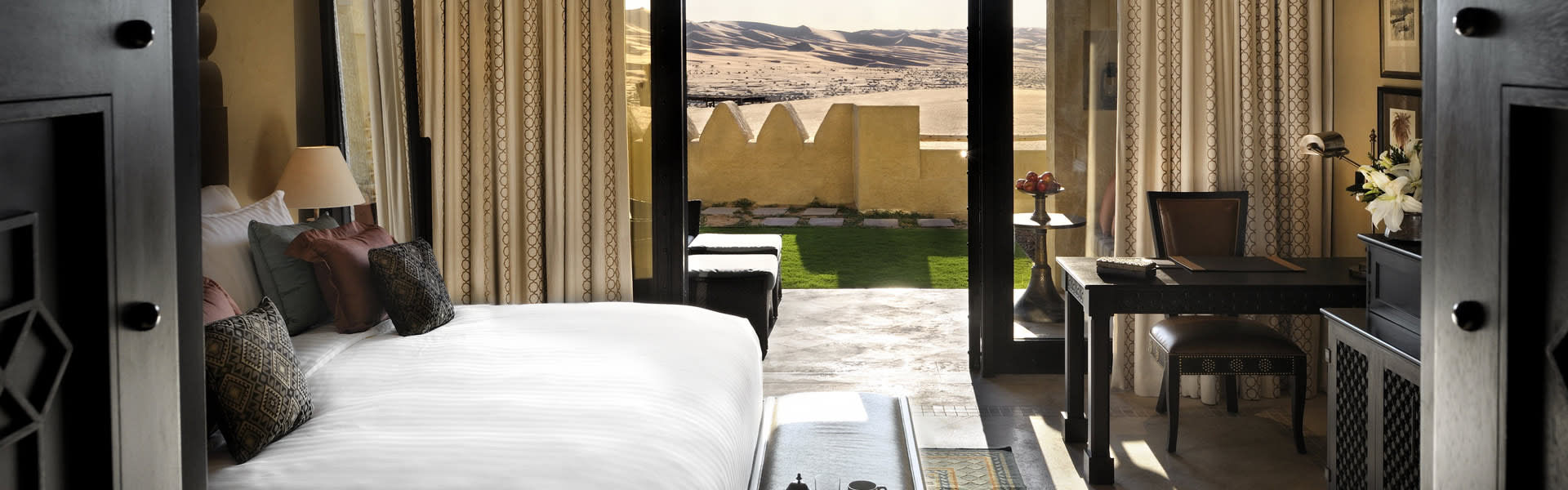 Corpus Rub Abu Dhabi 5 Star Hotels Deluxe Garden Rooms At Qasr Al Sarab