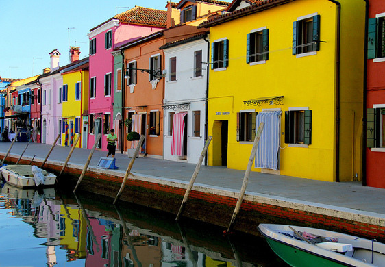 The Mad Colored Houses Of Burano – Venice, Italy - Atlas Obscura