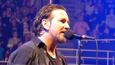 Pearl Jam S Ed Vedder Performs At Obama S Farewell Address Video