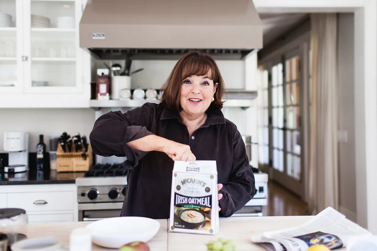 Ina Garten Bars Ina Garten Microwaves Her Oatmeal Continues To Remain Perfect