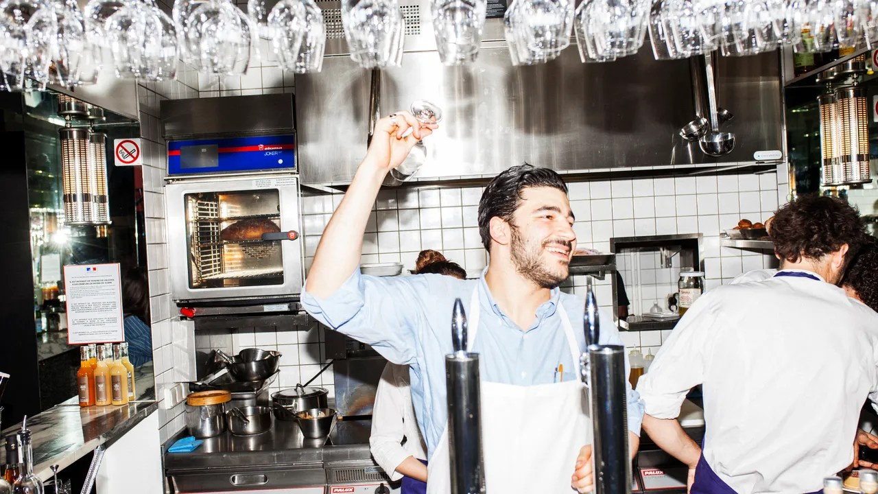 Cuisines Jean De Mathieu The Well Crafted Kitchen Inside The Raucous New Paris Restaurant