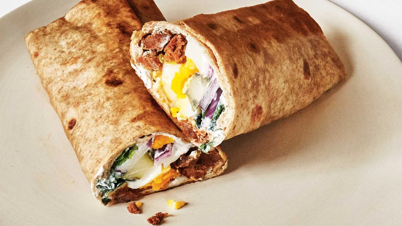 Breakfast All Day This Breakfast Wrap With Merguez And Eggs Will Sustain You All Day