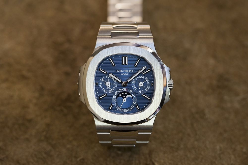 The Swiss Luxury-Watch Slump in the United States Is Over - Bloomberg