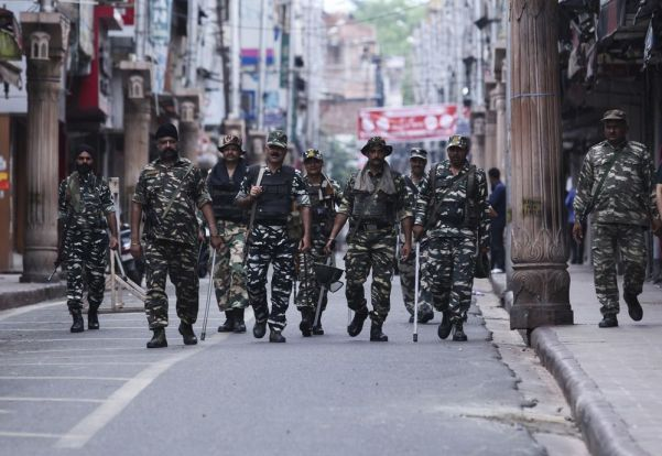 Article 370: India Is Making a Mistake in Kashmir - Bloomberg