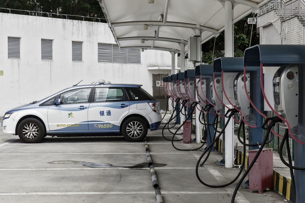 China Scales Back Subsidies for Electric Cars to Spur Innovation