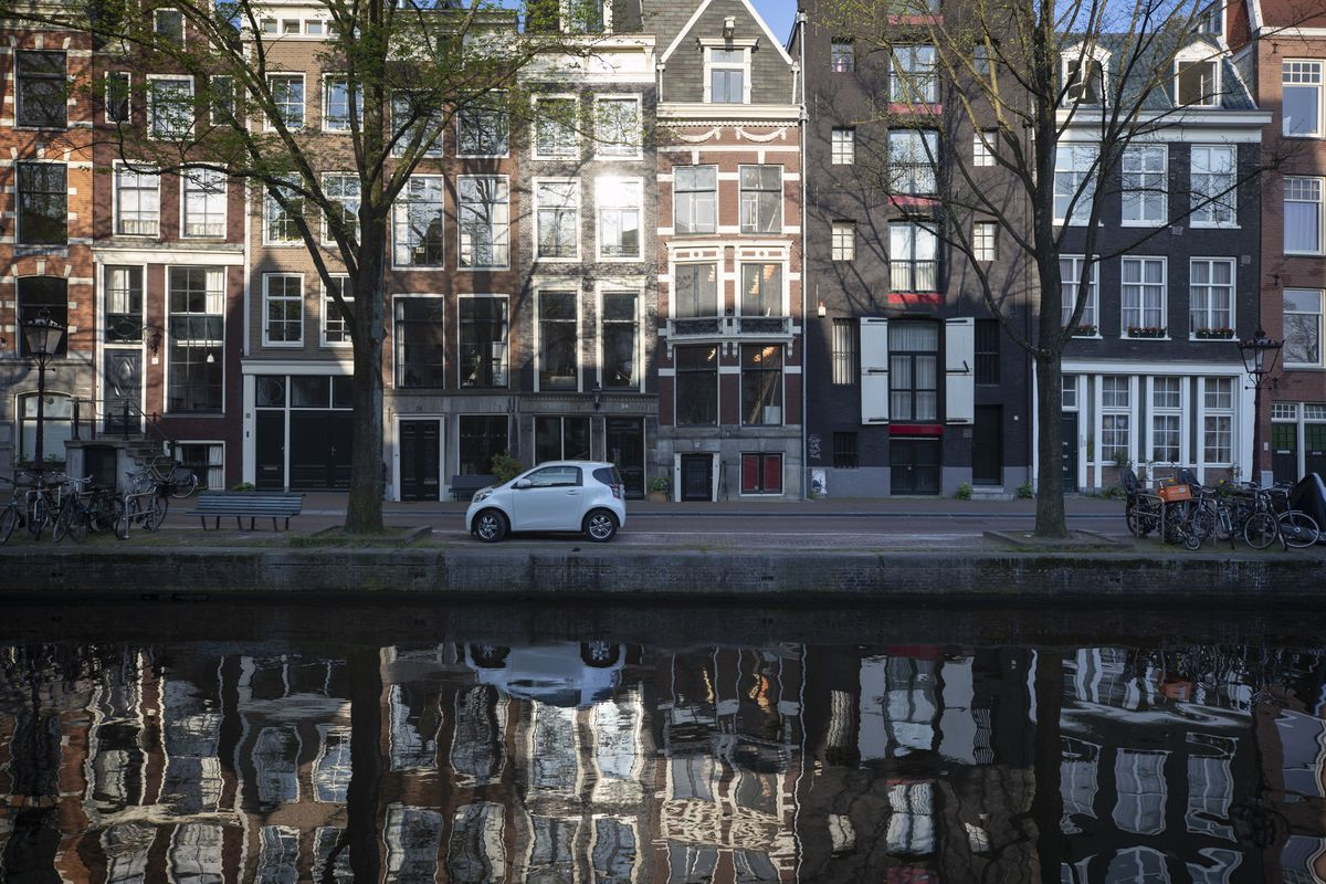 Deals Amsterdam Amsterdam House Prices Reach Record As Expats Snap Up