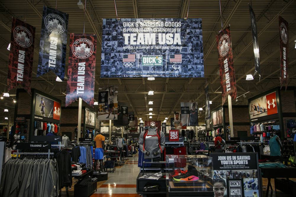 Dick\u0027s Sporting Goods to End Team USA Olympics Sponsorship - Bloomberg