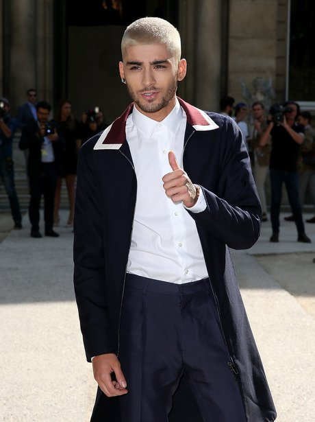 Harry Styles Fall Wallpaper Zayn Malik Fashion 15 Iconic Outfits From The Former 1d
