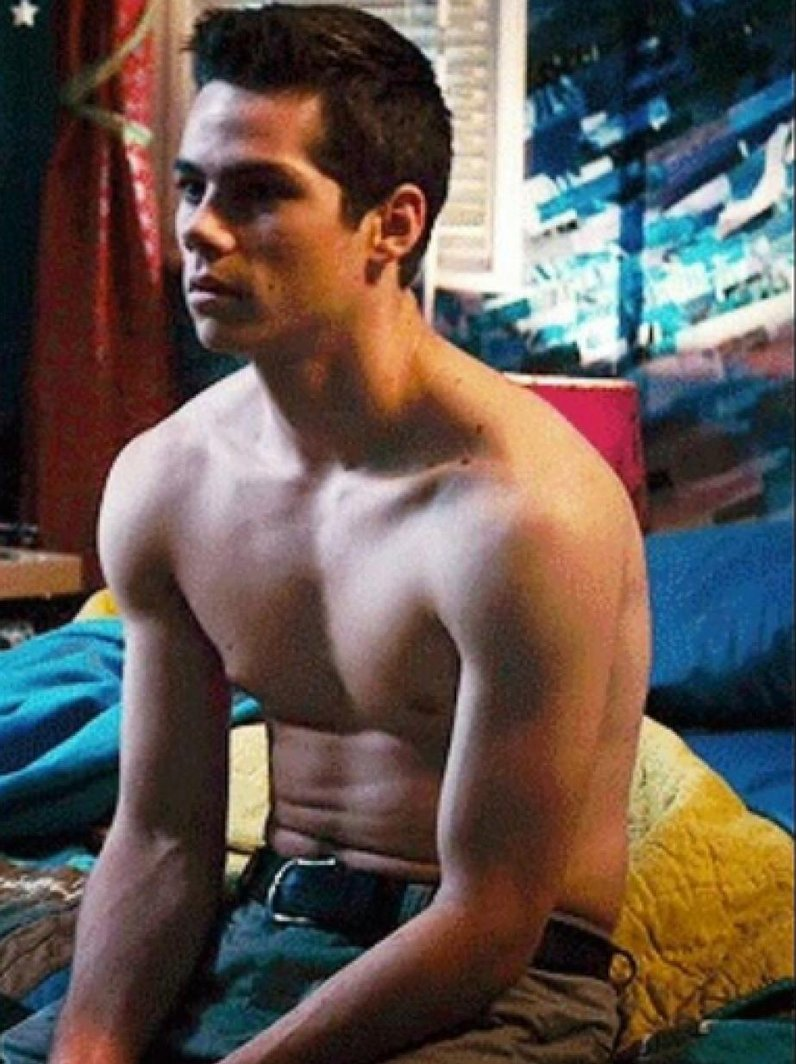 Fall Out Boy Wallpaper Iphone 6 27 Of The Hottest Dylan O Brien Pics Guaranteed To Make
