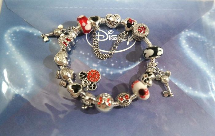 Pandora Disney Heart Bracelet 15 Icon Charms 39mickey