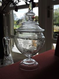 Vintage punch bowl - Etched glass with flower decorations ...