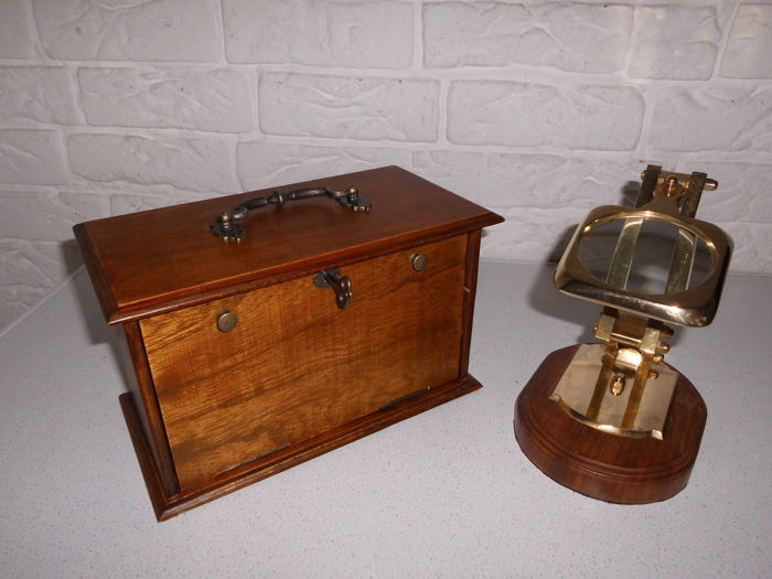 Beautiful English Letter Cabinet With Key Combined With A