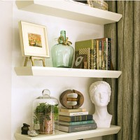 Living Room Decorating Ideas: Floating Shelves