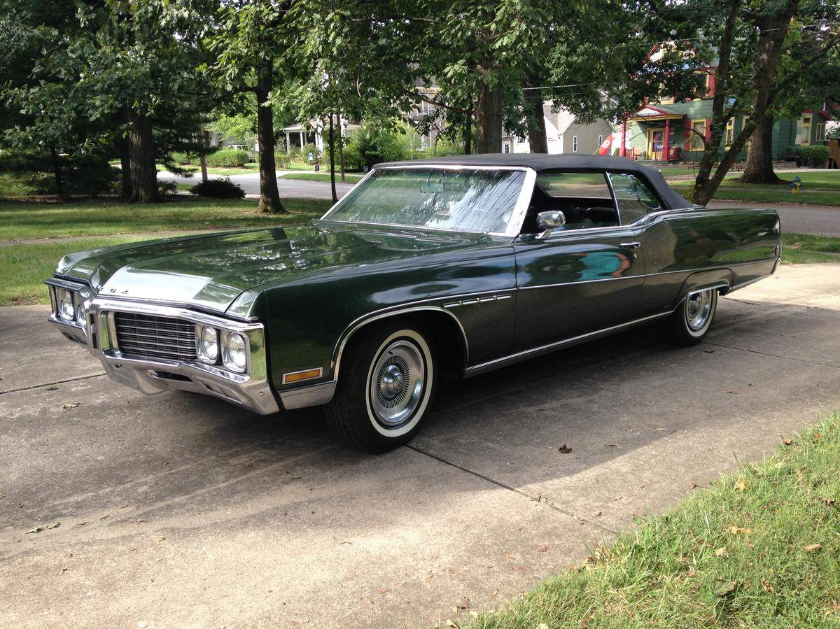 210 1972 Buick Electra 225