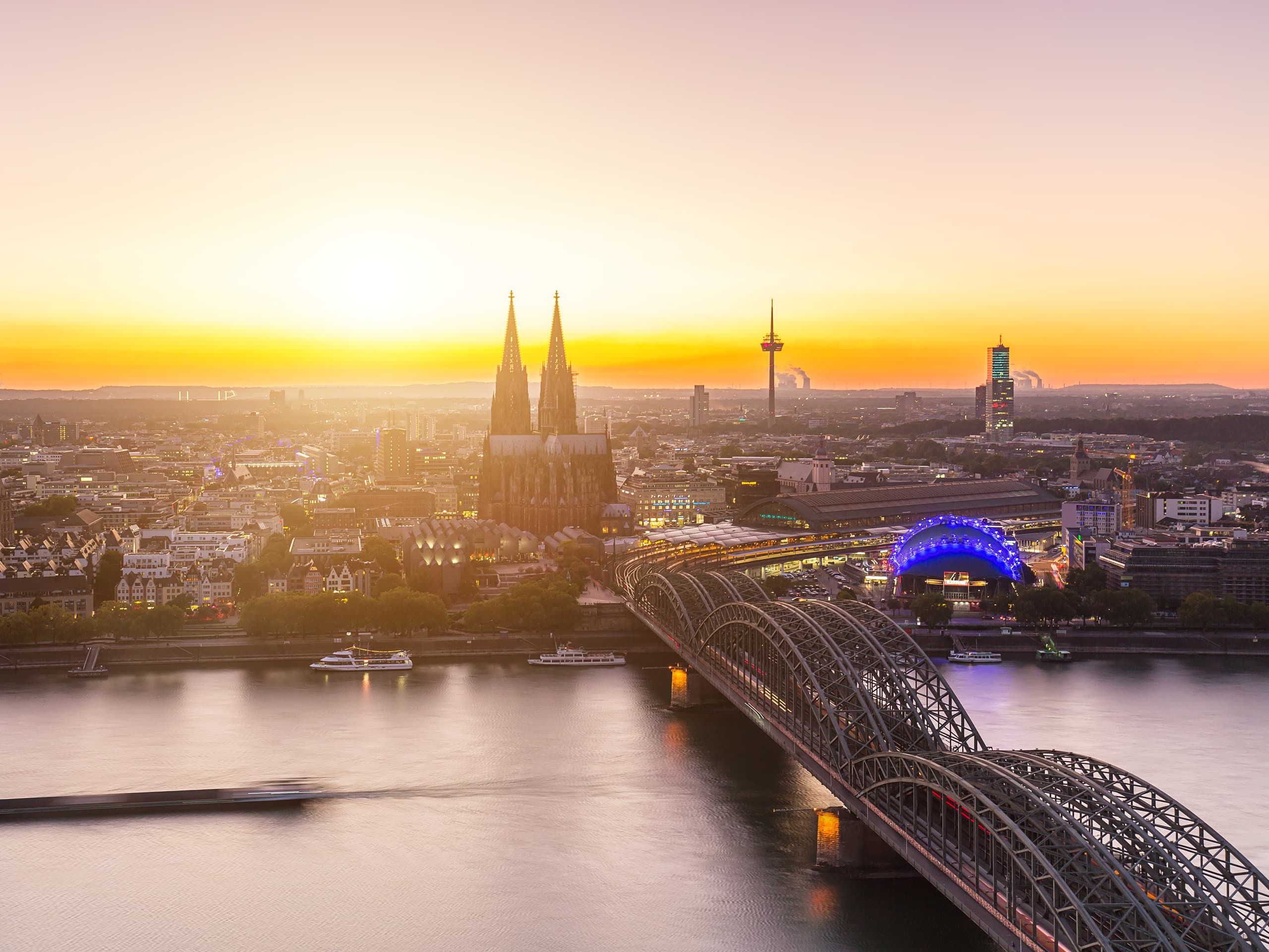 Hotels In Keulen Met Zwembad Luxury Hotels In Cologne Germany Hyatt Regency Cologne