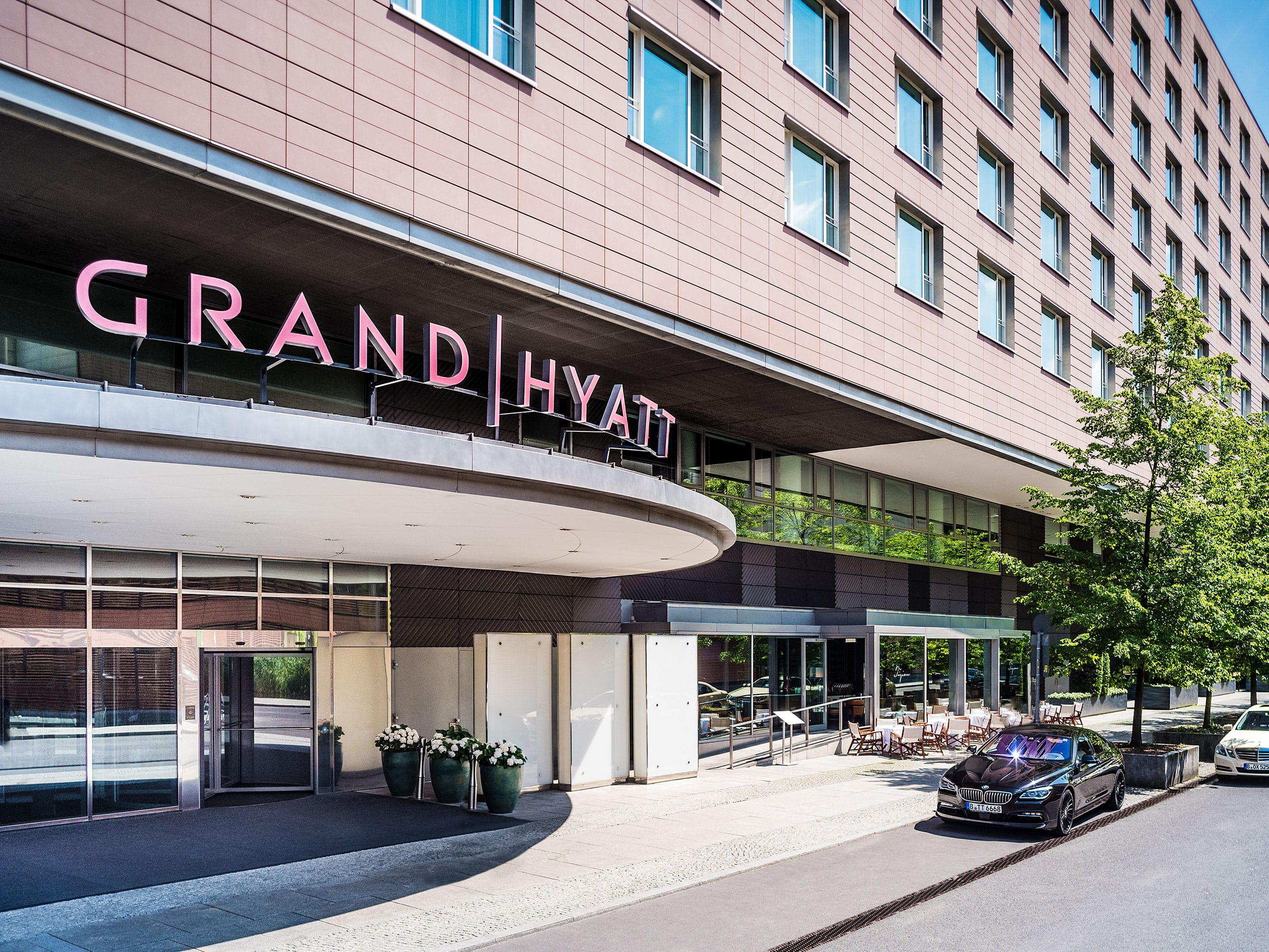 Bus Erfurt Berlin 5 Star Luxury Hotel In Berlin Mitte Germany Grand Hyatt Berlin