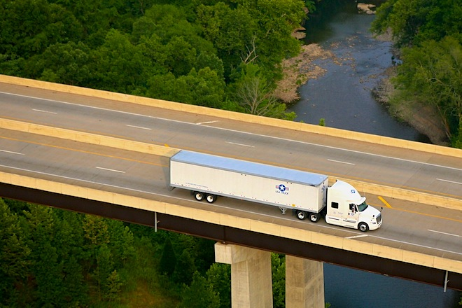USA Truck Files Lawsuit Against Knight Transportation for Breach of
