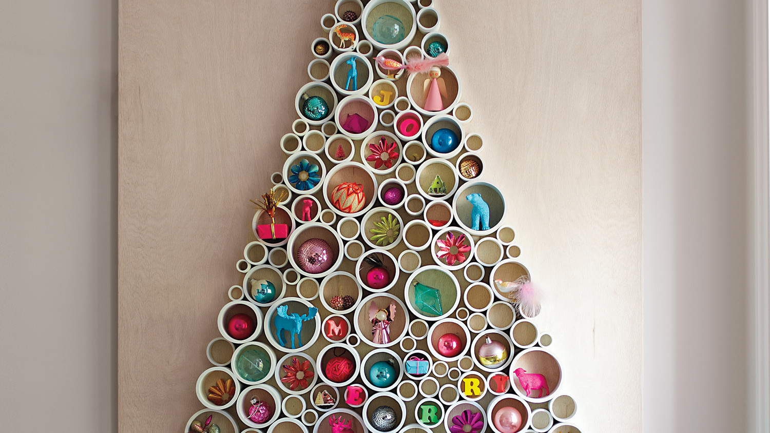 Decoration De Noel Facile A Faire Soi Meme Pvc-pipe Tree | Martha Stewart