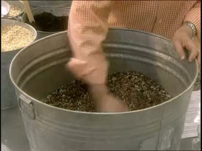 Video: How To Make Your Own Potted Soil Mix | Martha Stewart