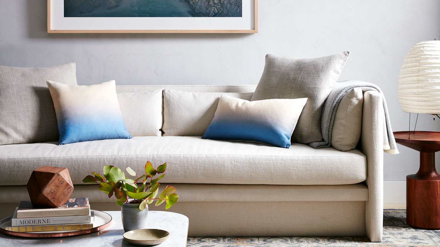 Moderne Sofa The Ultimate Guide To Buying A Sofa Martha Stewart