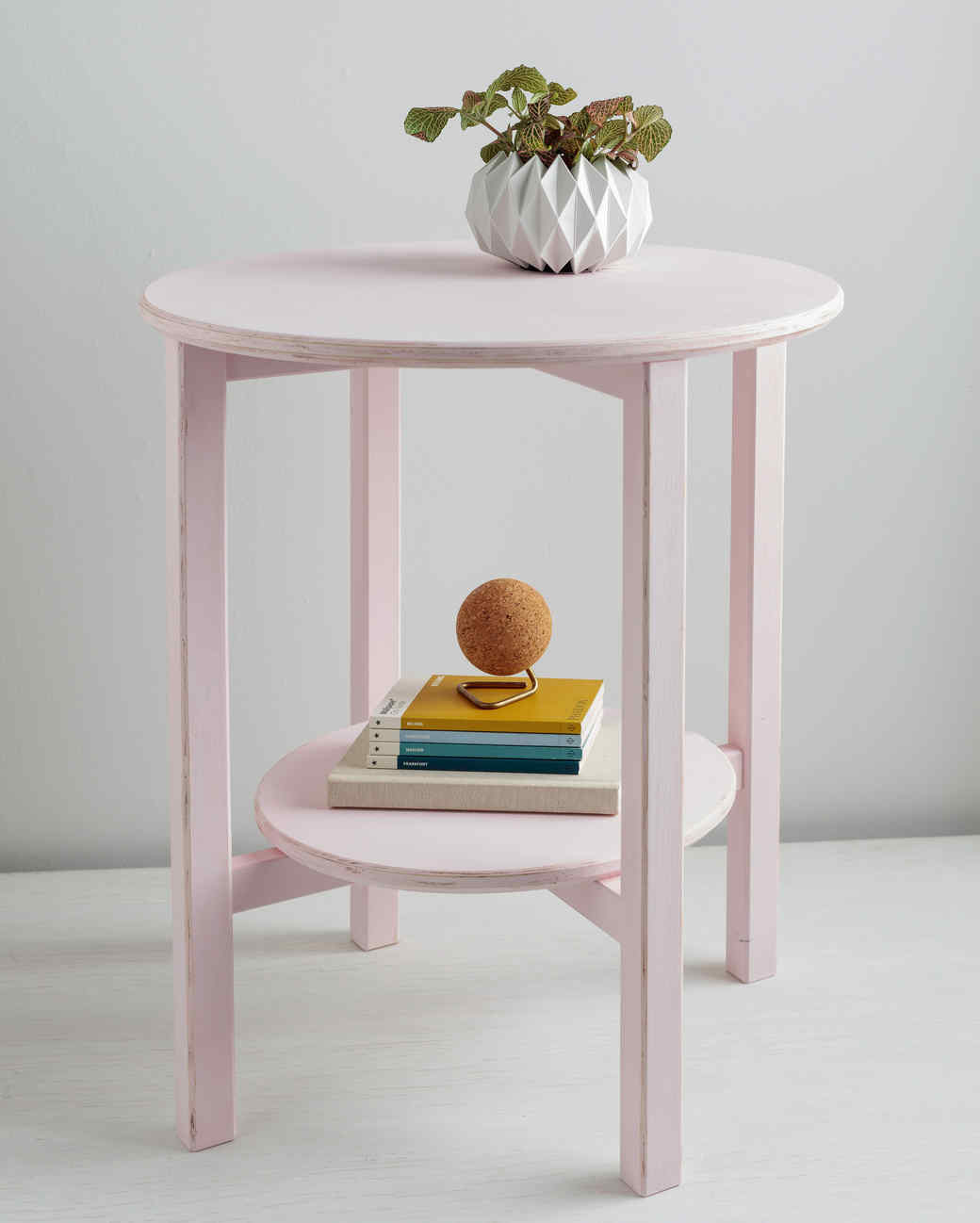 Small Decorative End Tables How To Paint A Wooden End Table