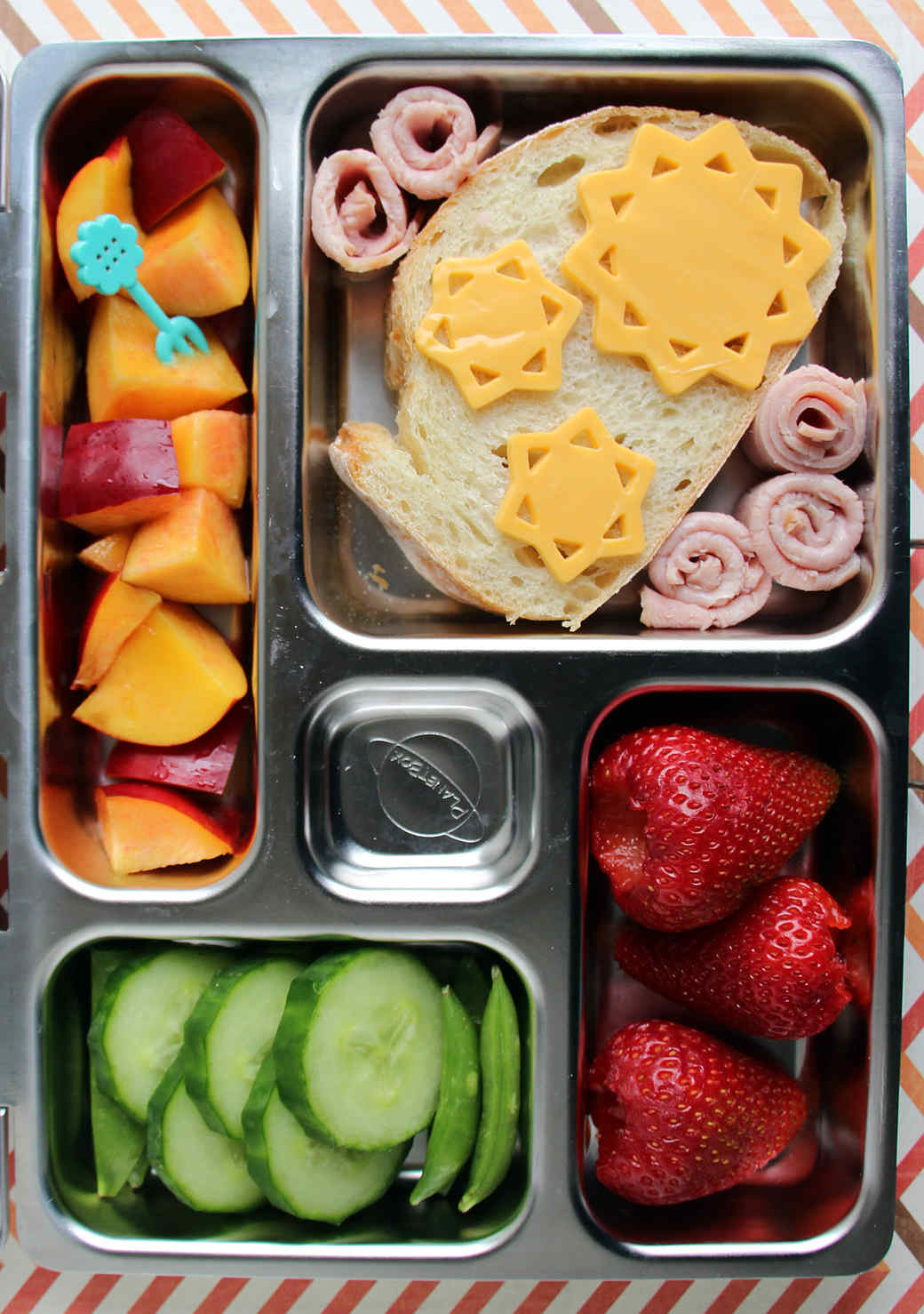 10 Sunny Spring Bento Boxes To Brighten Up Lunch Time